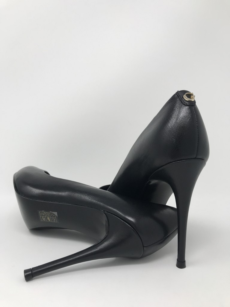 GUESS OAKLEY LEATHER COURT SHOE